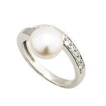 Sterling Silver Freshwater Pearl and Cubic Zirconia Ring