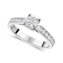 18ct White Gold 1.00ct Diamond Fields Setting Shoulders Ring
